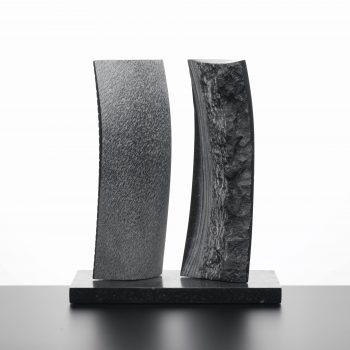 """""""Nature & Modernité"""" 2010 pierre bleue belge 46x40x23 cm"""