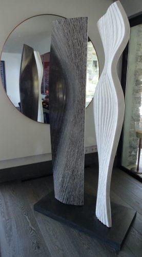 """""""Black and White"""" 2018 Pierre bleue belge et marbre de Carrare, H.215 cm"""